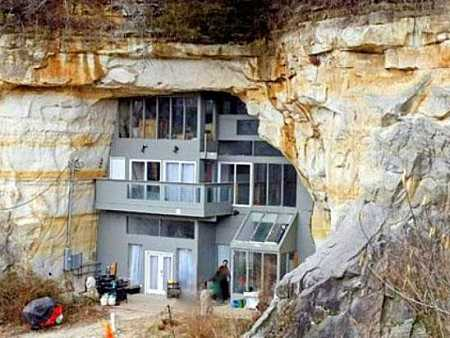 Cave House  Festus  Missouri  underground housing7 Amazing Facts About Underground Houses That Will Blow Your Mind. Underground Cave Home. Home Design Ideas